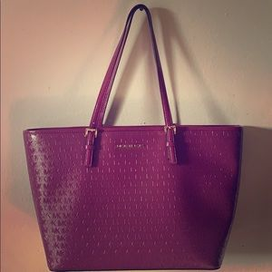 Large Micheal Kors Jet Set Bag in Plum